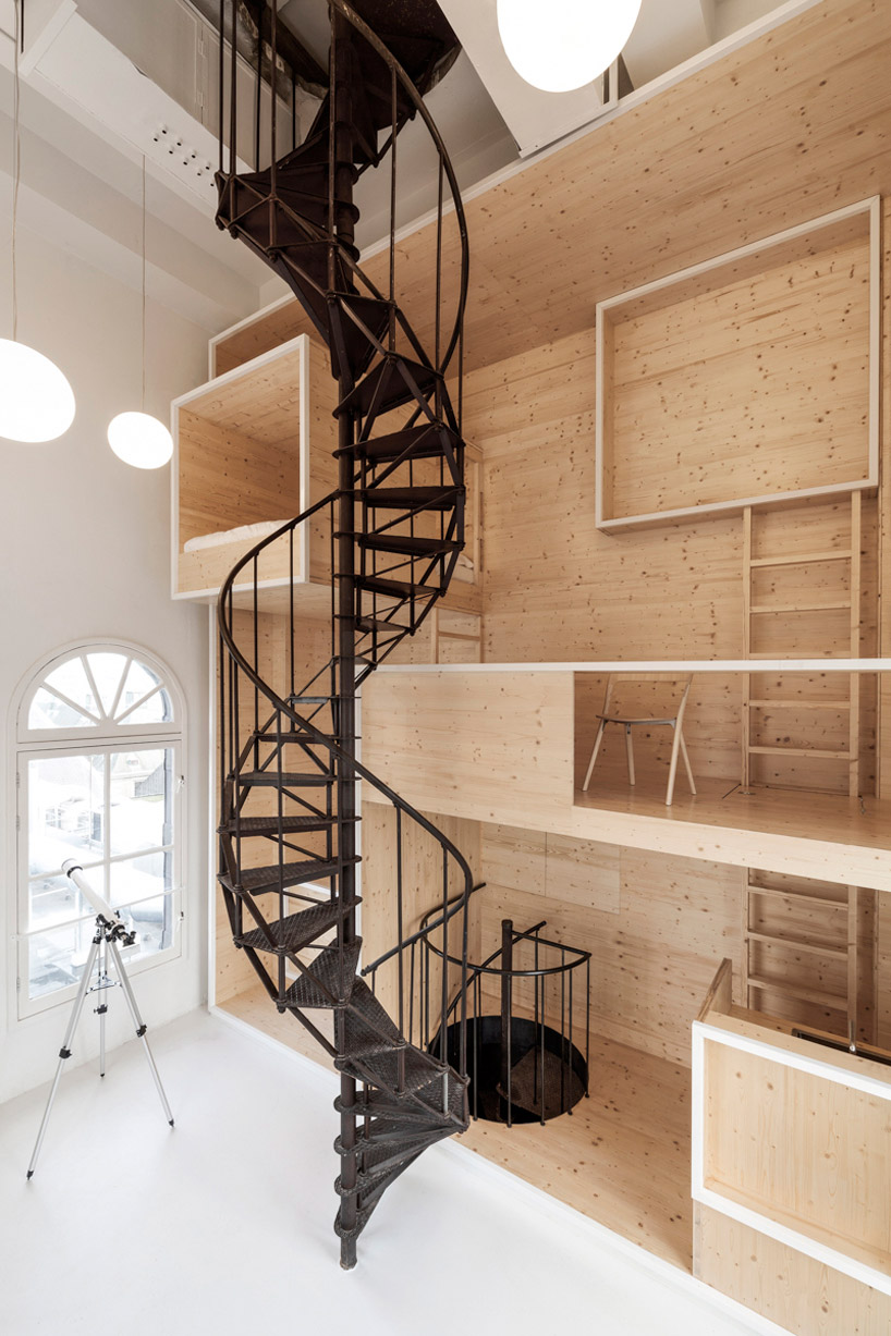 i29-interior-architects-room-on-the-roof-artist-in-residence-de-bijenkorf-amsterdam-designboom-01